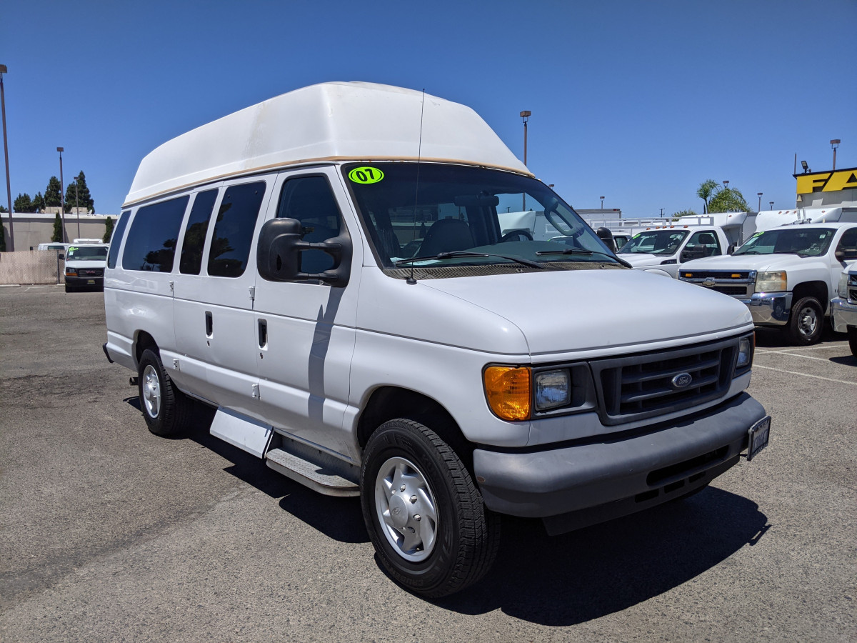Used 2007 Ford E-250 SD Extended High Roof Wheelchair Access Handicap Van in Fountain Valley, CA