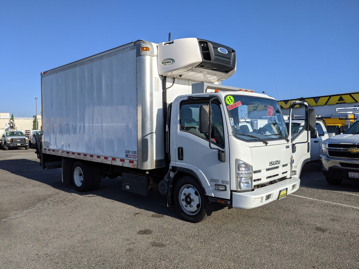 Used 2015 Isuzu NPR 16FT Refrigeration Reefer Box Truck with Liftgate DIESEL in Fountain Valley, CA