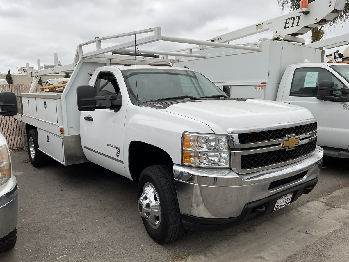 Used 2014 Chevrolet Silverado 3500 Utility Truck FLEX FUEL in Fountain Valley, CA