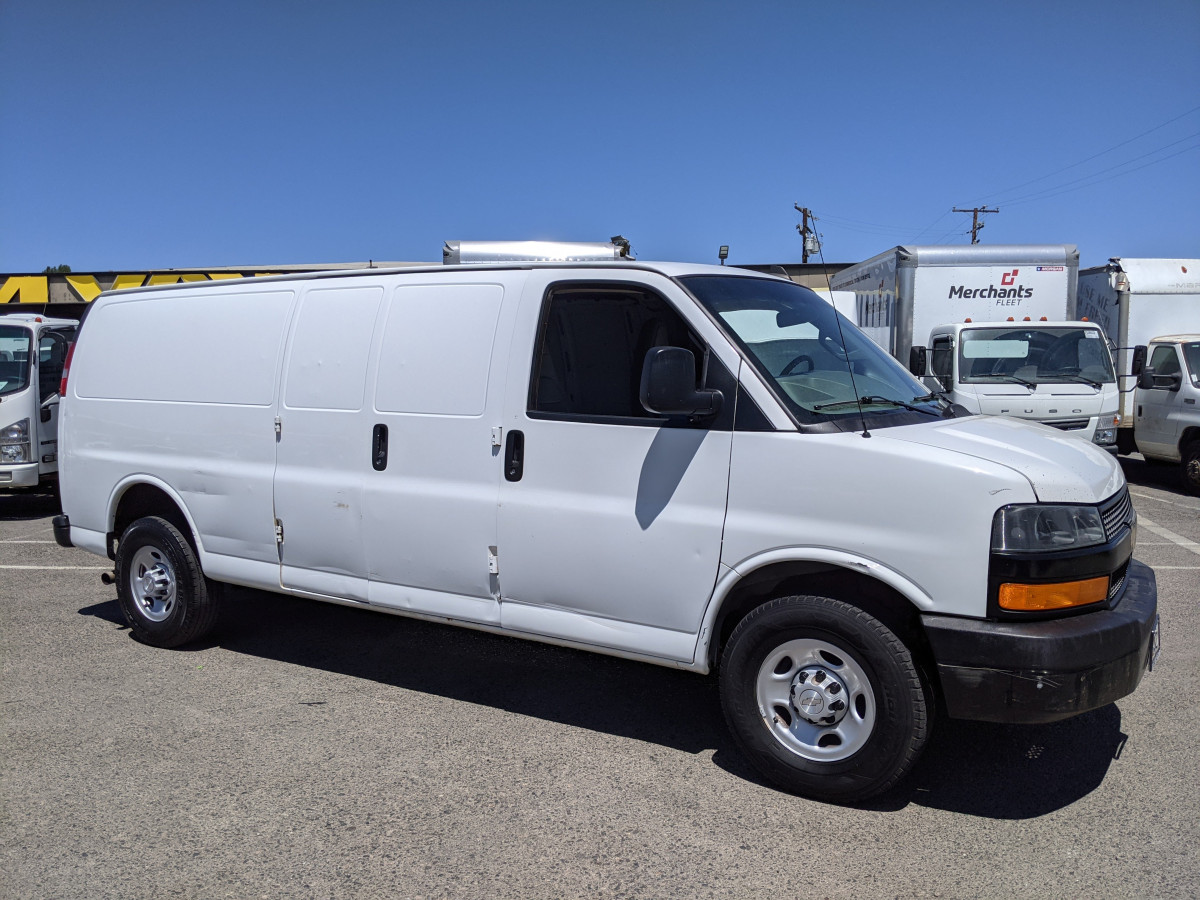 Used 2018 Chevrolet Express 2500 Extended Cargo Van in Fountain Valley, CA
