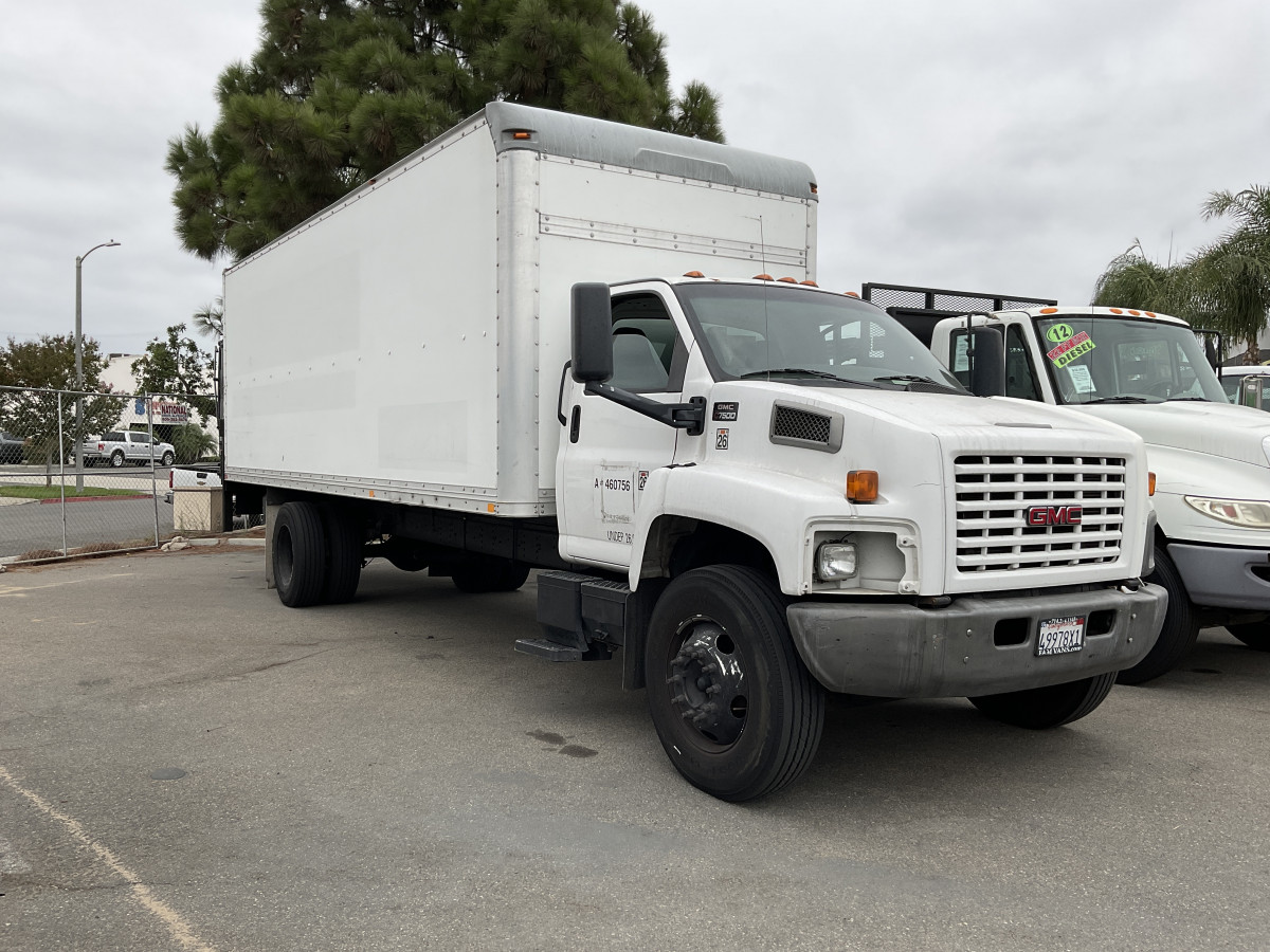 Used 2005 GMC FXR 24FT Box Truck DIESEL in Fountain Valley, CA