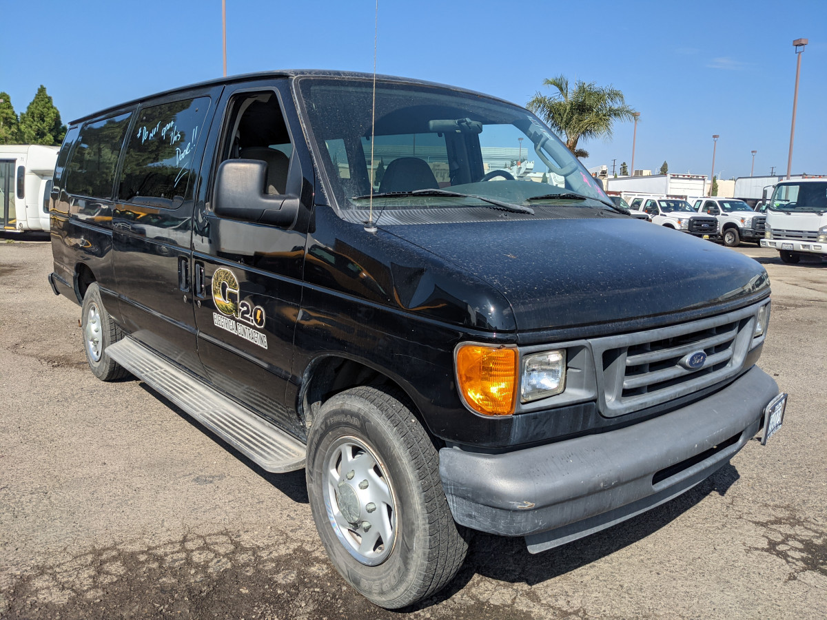Used 2003 Ford E-350 Passenger Van XLT in Fountain Valley, CA