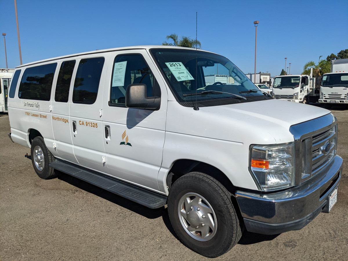 Used 2013 Ford E-350 SD Extended Passenger Van Super Duty XLT in Fountain Valley, CA