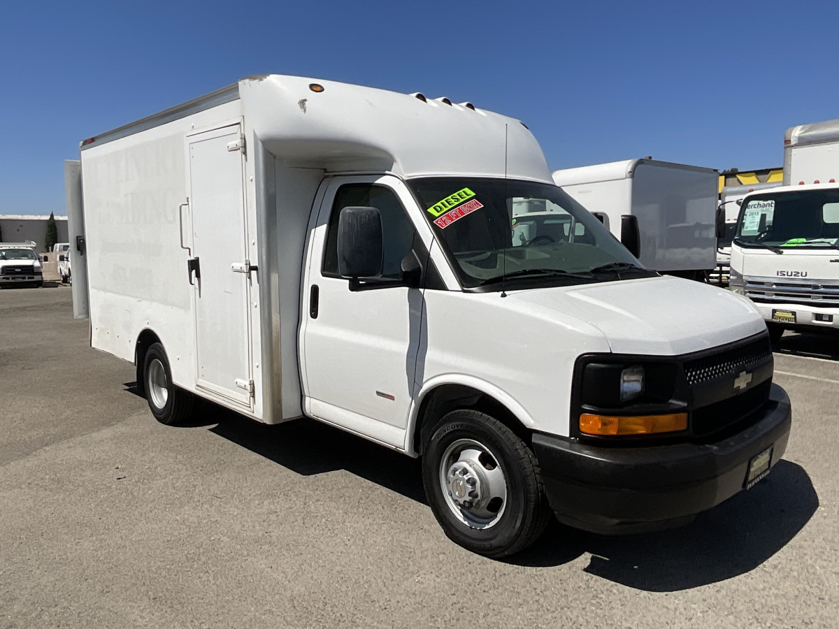 Used 2008 Chevrolet Express 3500 12FT Box Truck DIESEL in Fountain Valley, CA