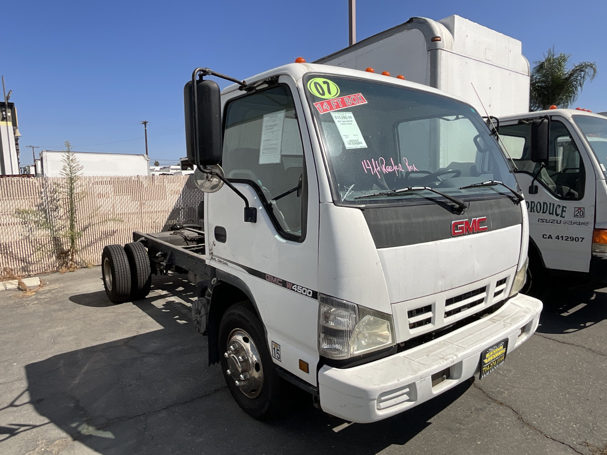 Used 2007 GMC W4500 Cab Chassis DIESEL NONCA in Fountain Valley, CA