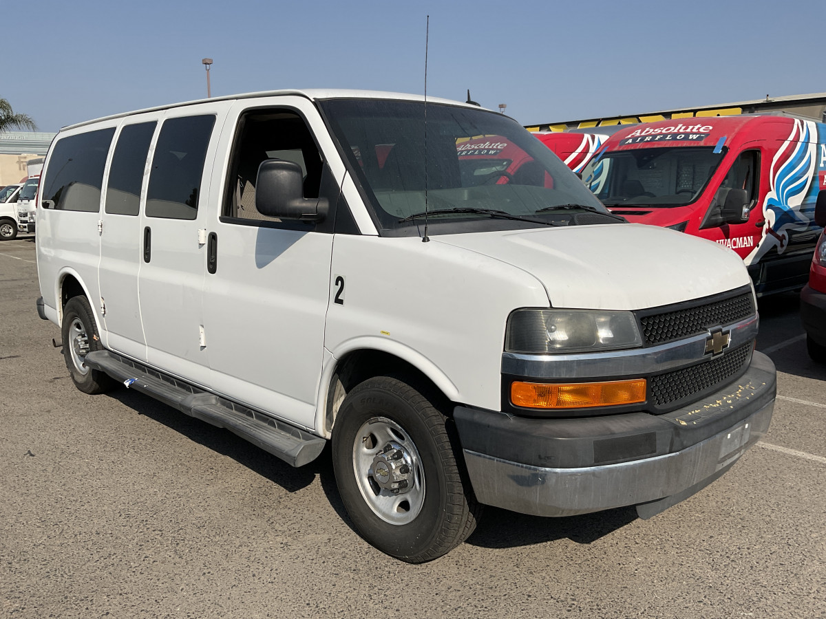 Used 2014 Chevrolet Express 2500 Passenger Van in Fountain Valley, CA