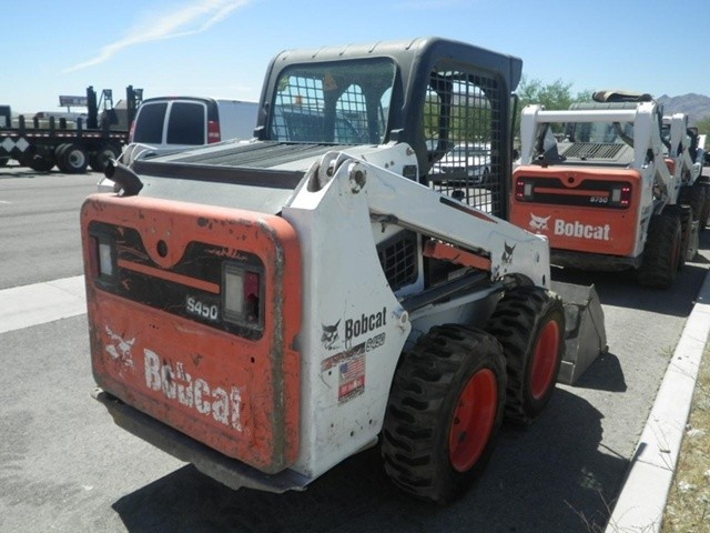 Used 2014 Bobcat S450 in Fountain Valley, CA VIN AUVB11280