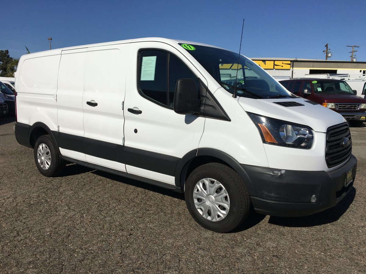 2017 Ford Transit-150 Low Roof Cargo Van in Fountain Valley, CA