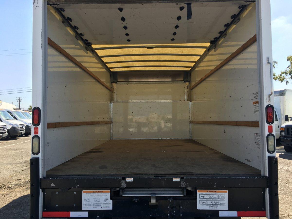2015 Ford E-350 Box Truck SD