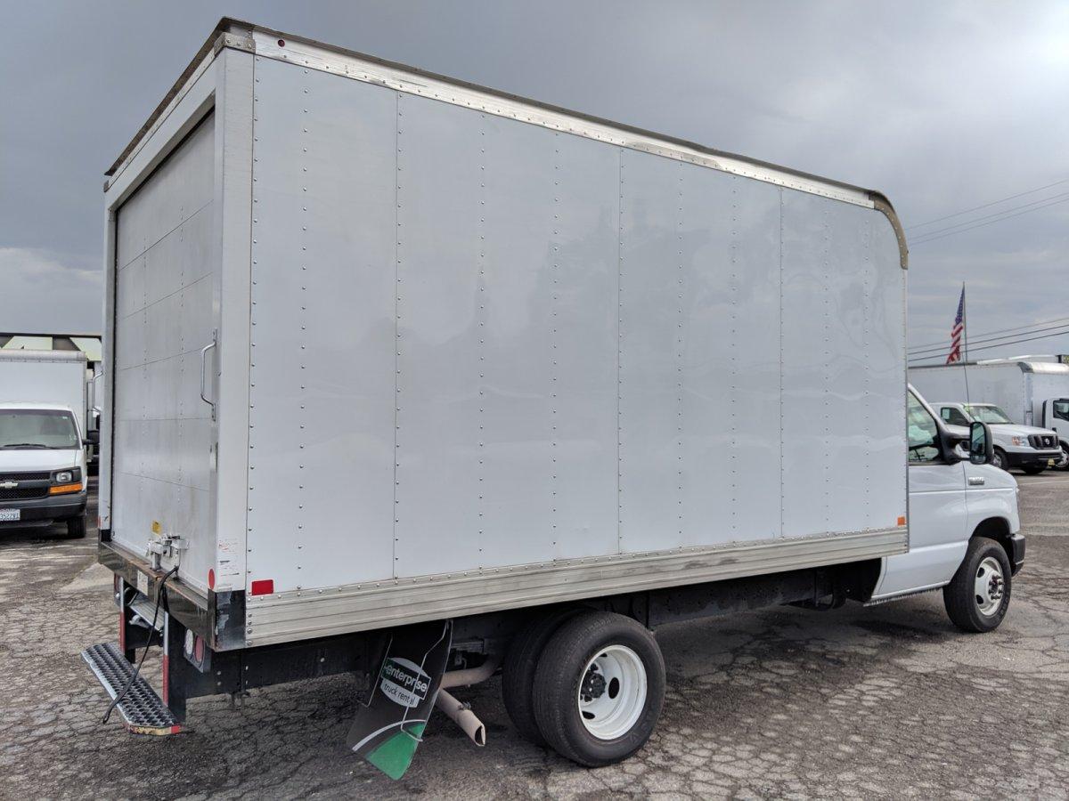2018 Ford E-350 Box Truck