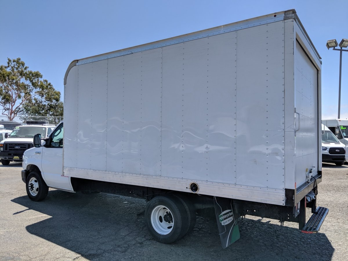 2018 Ford E-350 Box Truck SD with Loading Ramp