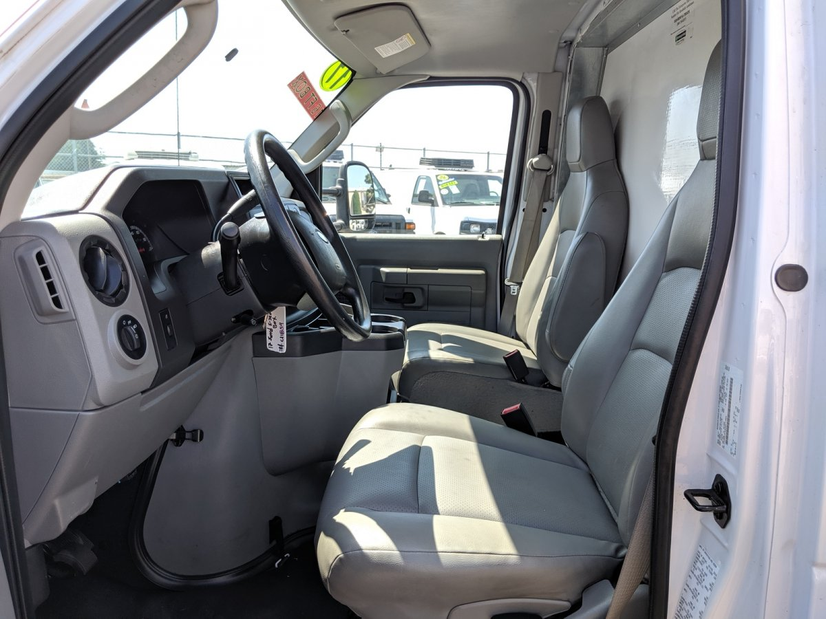 2017 Ford E-350 16ft Box Truck SD with Liftgate