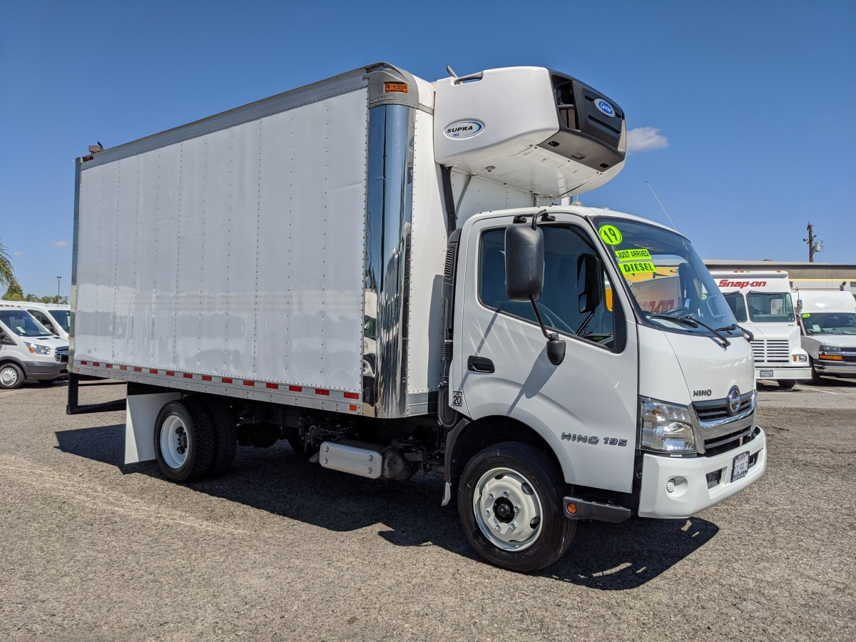 2019 Hino 195 Cab Over  16FT Refrigeration Reefer Box Truck DIESEL in Fountain Valley, CA