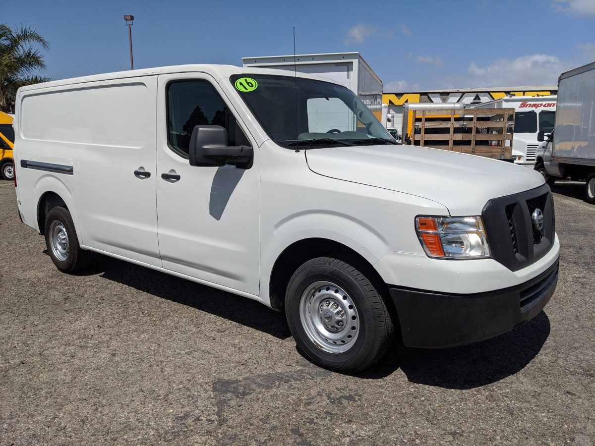 2016 Nissan NV2500 HD S V6 Low Roof Cargo Van in Fountain Valley, CA