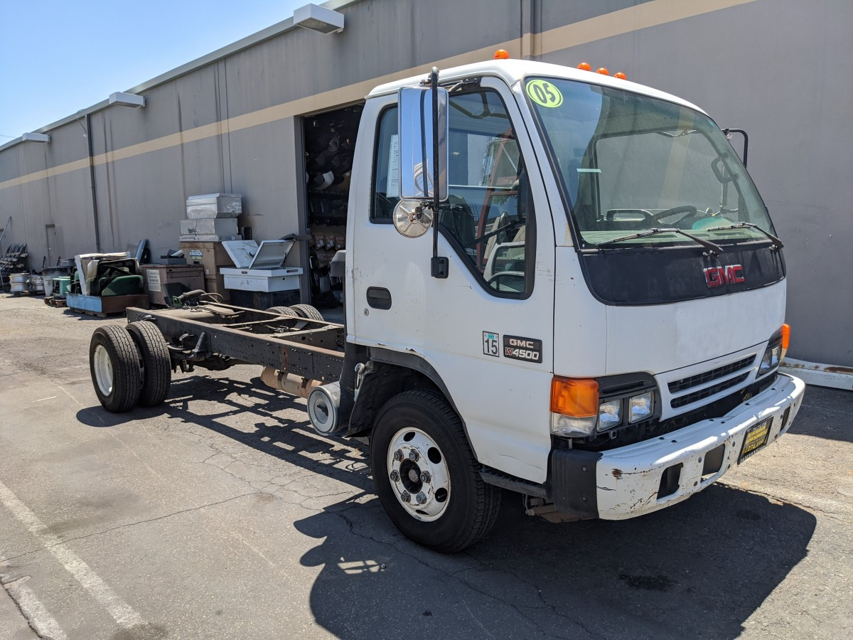 Used 2005 GMC W4500 Cab Chassis DIESEL OOS in Fountain Valley, CA