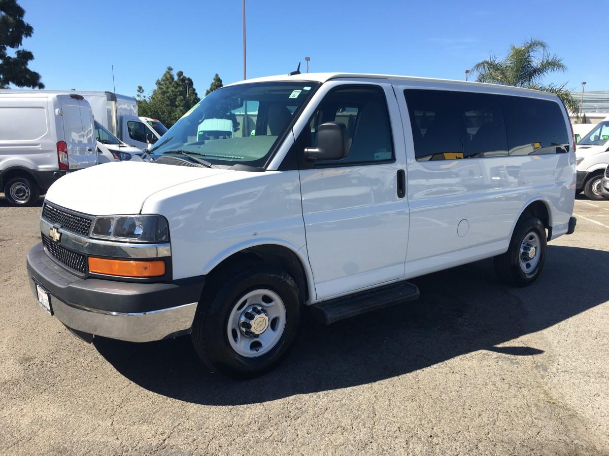 2015 Chevrolet Express 2500 8 Passenger Van in Fountain Valley, CA