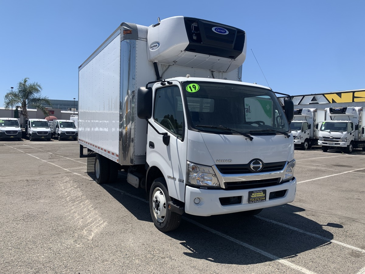 Used 2019 Hino 195 Cab Over 16FT Refrigeration Reefer Box Truck with Liftgate DIESEL in Fountain Valley, CA