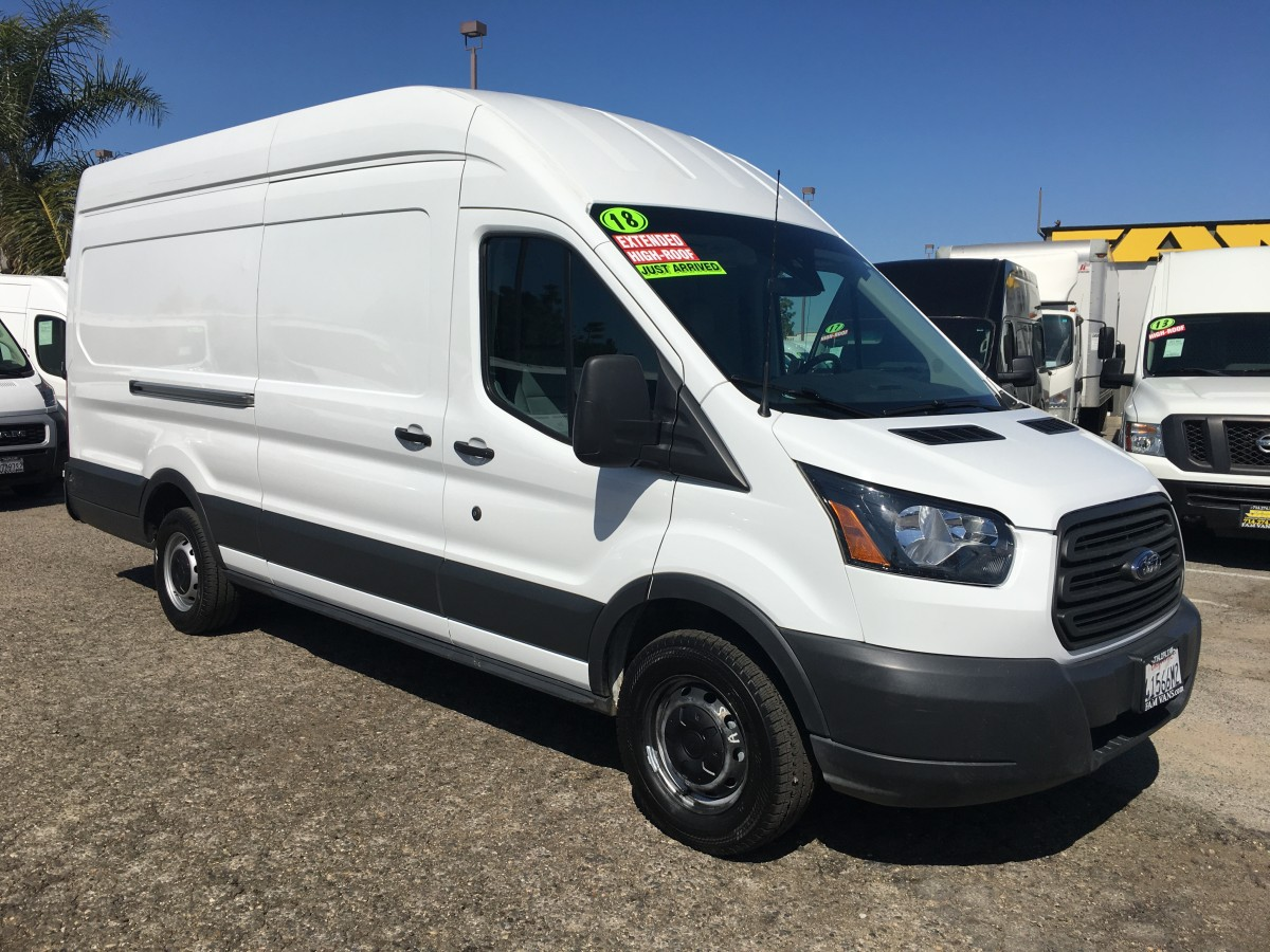 2018 Ford Transit-250 Extended Long High Roof Cargo Van in Fountain Valley, CA