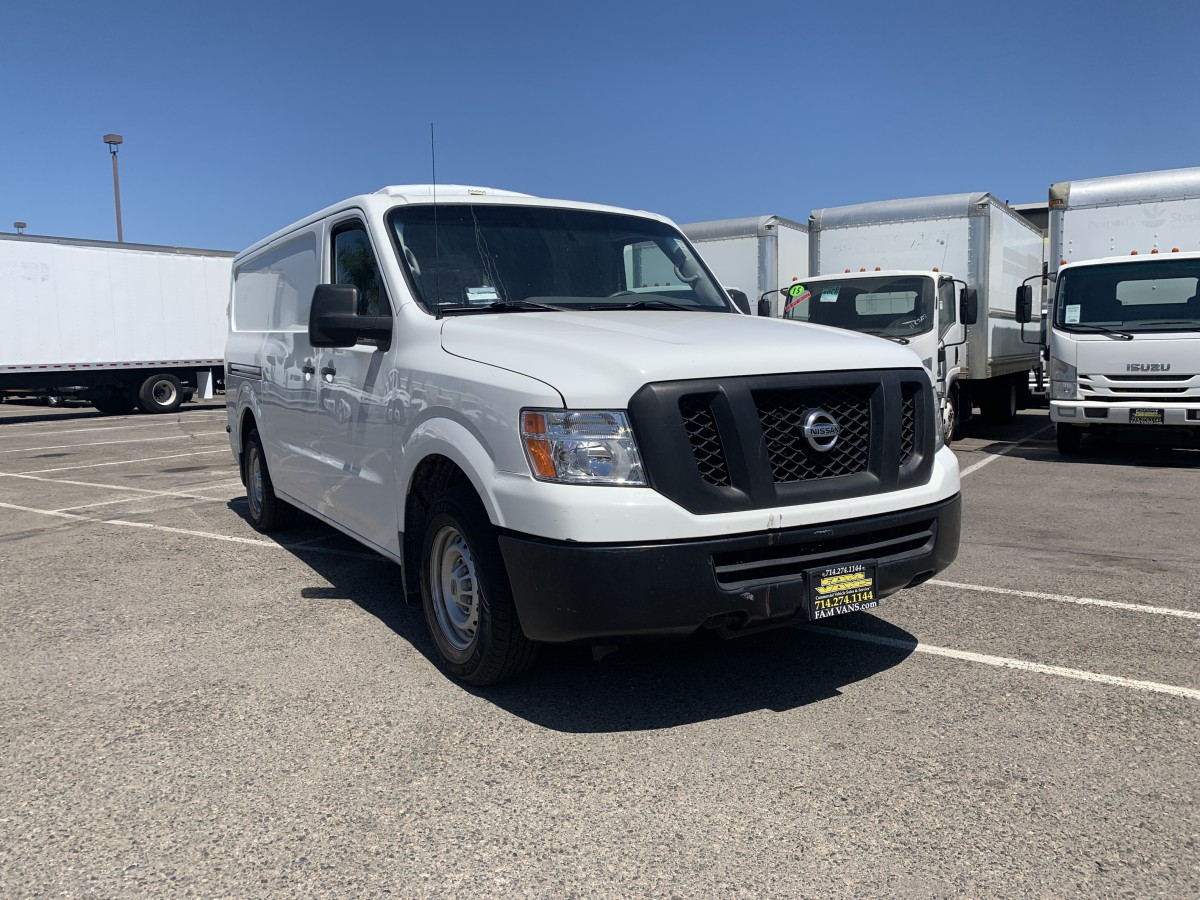 Used 2016 Nissan NV2500 HD Refrigeration Reefer Cargo Van in Fountain Valley, CA