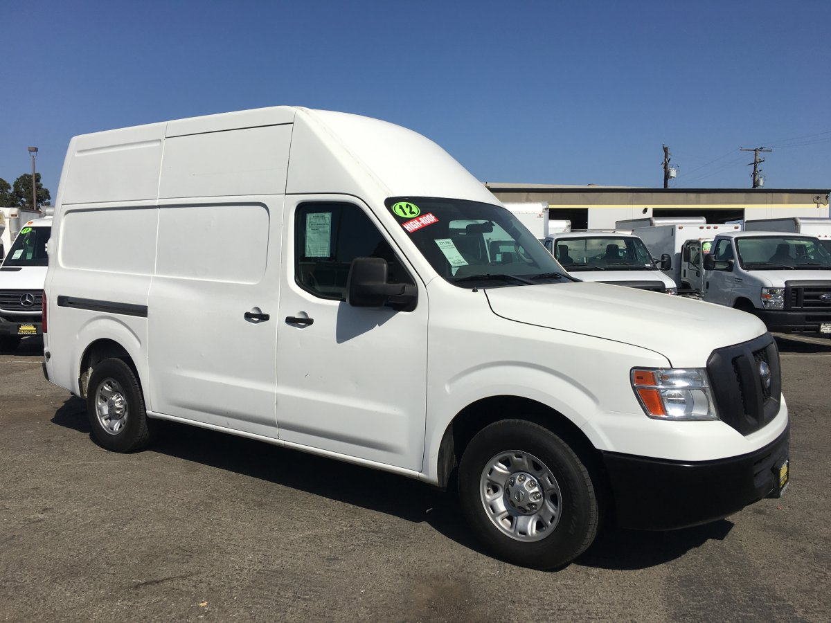 2012 Nissan NV2500 HD High Roof Cargo Van in Fountain Valley, CA