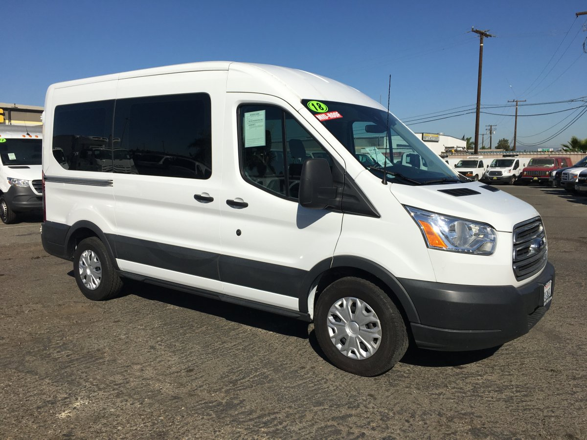 2018 Ford Transit-150 Mid Roof 10 Passenger Van XLT in Fountain Valley, CA
