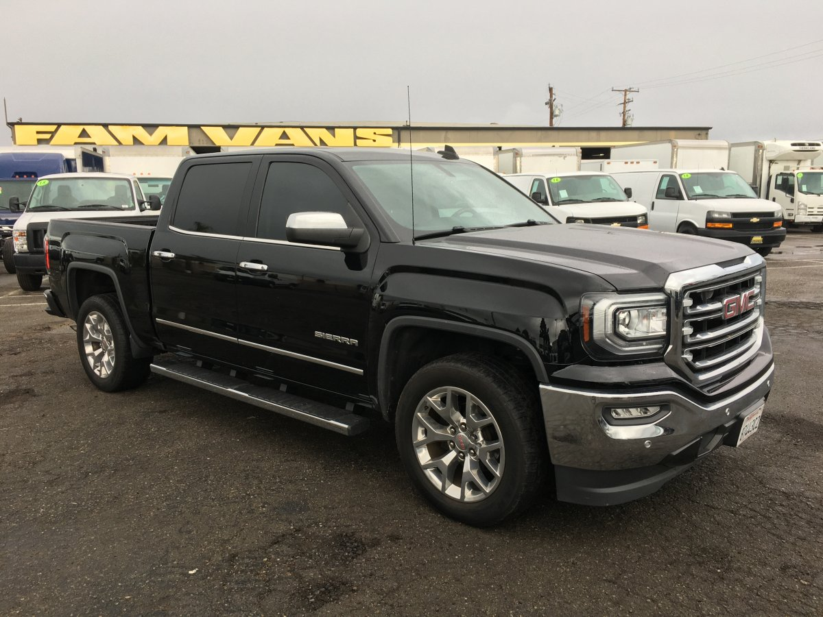 2016 GMC Sierra 1500 Crew Cab Pickup Truck in Fountain Valley, CA