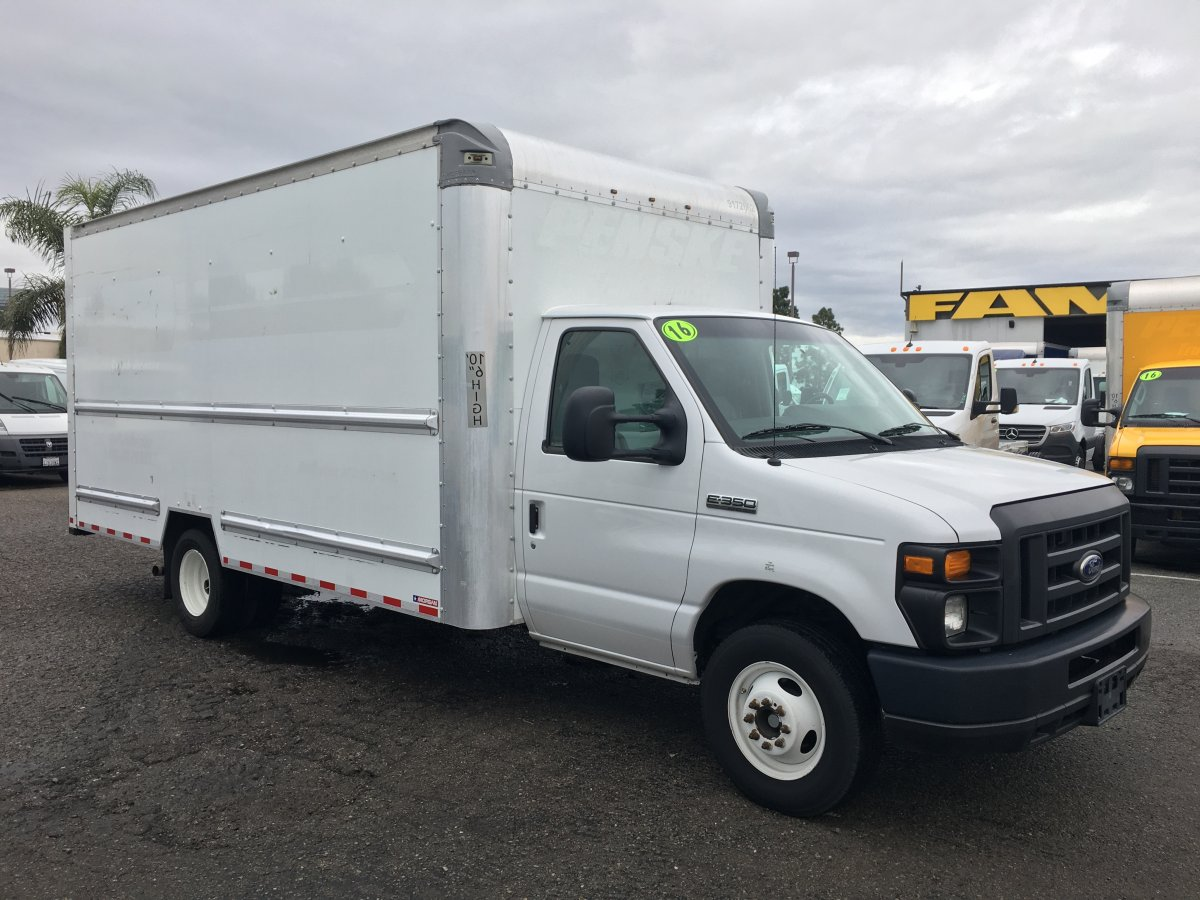 2016 Ford E-350 SD 16FT Box Truck with Loading Ramp in Fountain Valley, CA