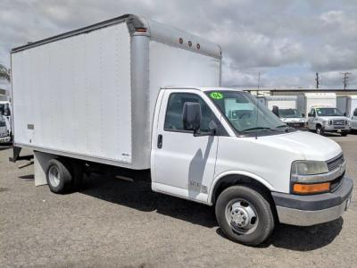 2006 Chevrolet Express 3500 14ft Box Truck in Fountain Valley, CA