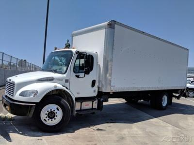 2015 Freightliner M2 106 24ft Box Truck with Liftgate DIESEL