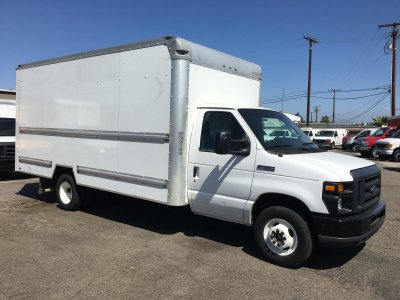 2015 Ford E-350 16ft Box Truck with Loading Ramp