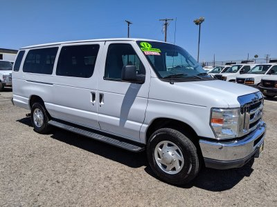 2013 Ford E-350 SD Extended 15 Passenger Van XLT in Fountain Valley, CA