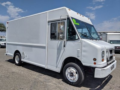 2000 FREIGHTLINER MT45  Step Van DIESEL in Fountain Valley, CA