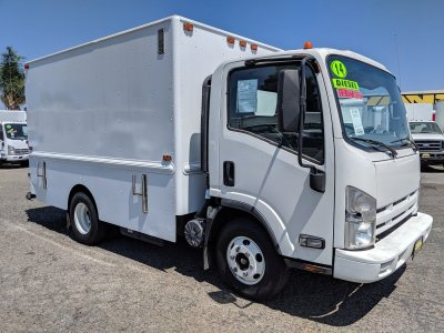 2014 Isuzu NPR 12ft Plumber Truck DIESEL in Fountain Valley, CA