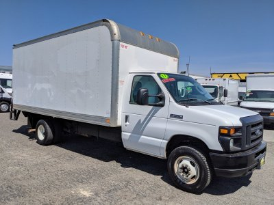 2017 Ford E-350 16ft Box Truck SD with Liftgate in Fountain Valley, CA