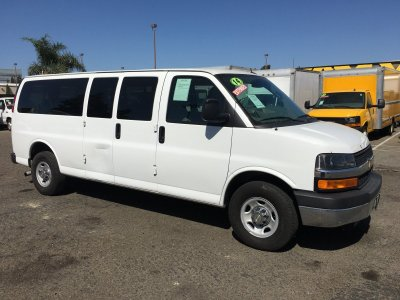 2014 Chevrolet Express 3500 Extended 12 Passenger Van in Fountain Valley, CA