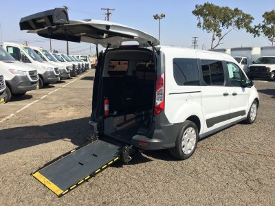 2016 Ford Transit Connect Wheelchair Access Handicap Mini Van with Ramp XL in Fountain Valley, CA