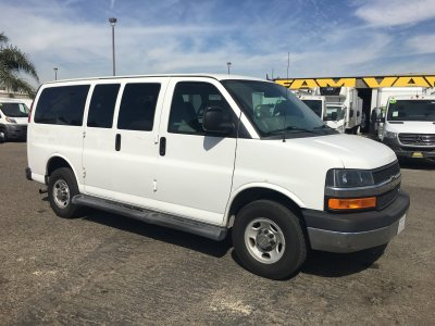 2015 Chevrolet Express 2500 8 Passenger Van in Fountain Valley, CA