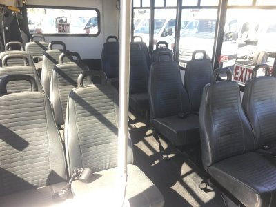 2006 Ford E-450 16 Passenger Bus with Wheelchair Lift DIESEL in Fountain Valley, CA
