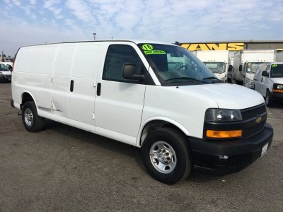 2018 Chevrolet Express 2500 Extended Cargo Van in Fountain Valley, CA