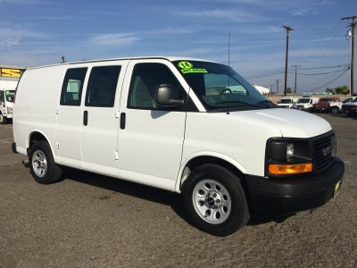 2014 GMC Savana 1500 Cargo Van in Fountain Valley, CA