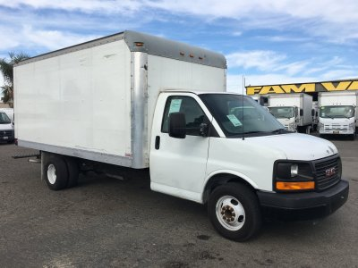 2012 GMC Savana 3500 16FT Box Truck with Loading Ramp in Fountain Valley, CA
