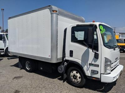 2011 Isuzu NPR 12ft Box Truck DIESEL in Fountain Valley, CA