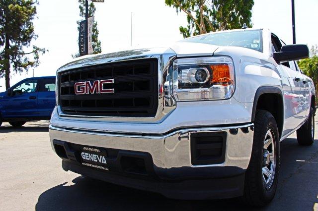 2015 GMC Sierra 1500 Pickup 4D 6 1/2 ft