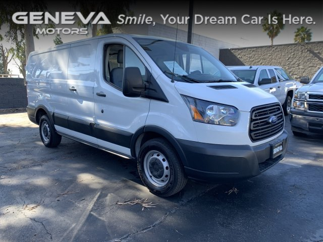 2017 Ford Transit Van Low Roof w/60/40 Side Door w/RWB Van 3D