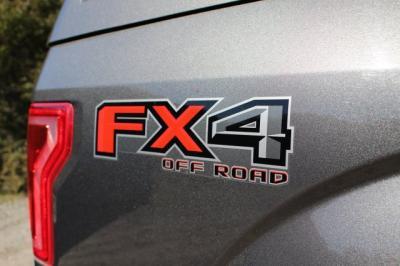 2015 Ford F150 SuperCrew Cab XLT Pickup 4D 5 1/2 ft
