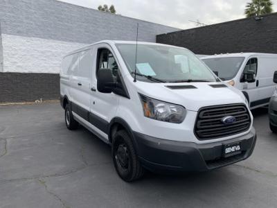 2017 Ford Transit 150 Van Low Roof w/60/40 Side Door w/RWB Van 3D