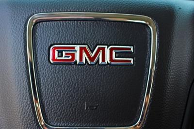 2015 GMC Sierra 1500 Double Cab Pickup 4D 6 1/2 ft