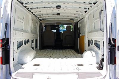 2017 Nissan NV2500 HD Cargo S Van 3D