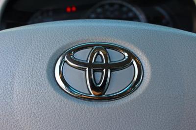 2013 Toyota Sienna L Minivan 4D
