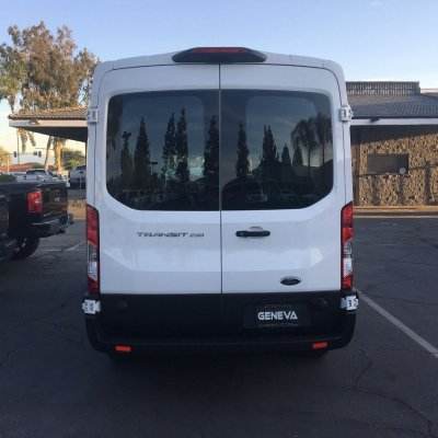 2018 Ford Transit 250 Van Medium Roof w/Sliding Side Door w/LWB Van 3D